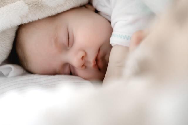 【出産準備】粉ミルクはどれくらいの量が必要?