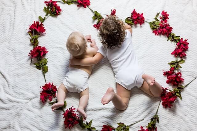 【2人目の出産祝い】上の子とお揃いの名入れコップがおすすめ!